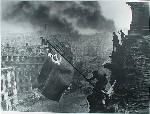 La Bandera Roja en Berlín