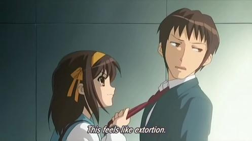 Haruhi forzando a Kyon